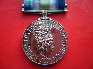Medals-Falklands-War-1982-South-Atlantic-Medal-with-rosette-die-struck-copy