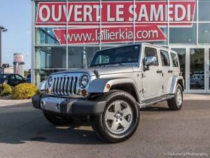 2012 Jeep Wrangler UNLIMITED 4 PORTES, 2 TOITS OPEN ON SATURDAYS