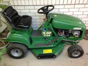 Cox Lawn Boss Ride-On Mower Beaconsfield Mackay City Preview