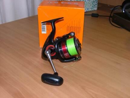 Daiwa liberty club 4000 fishing reel for sale