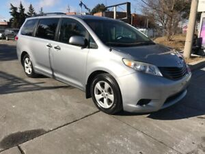 2011 Toyota Sienna 177KM,ALLOYS,SAFETY+3YEARS WARRANTY INCLUDED