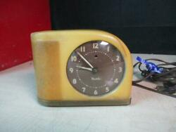 ORIGINAL 1950 WESTCLOX MOONBEAM LIGHTED ELECTRIC ALARM CLOCK WORKING