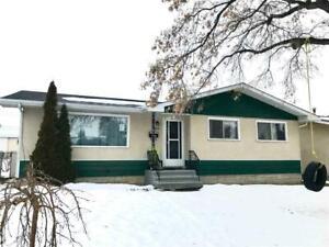 4310 52 ST Leduc, Alberta
