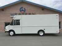 2001 Freightliner Step Van MT45 Delivery Fedex Food Truck
