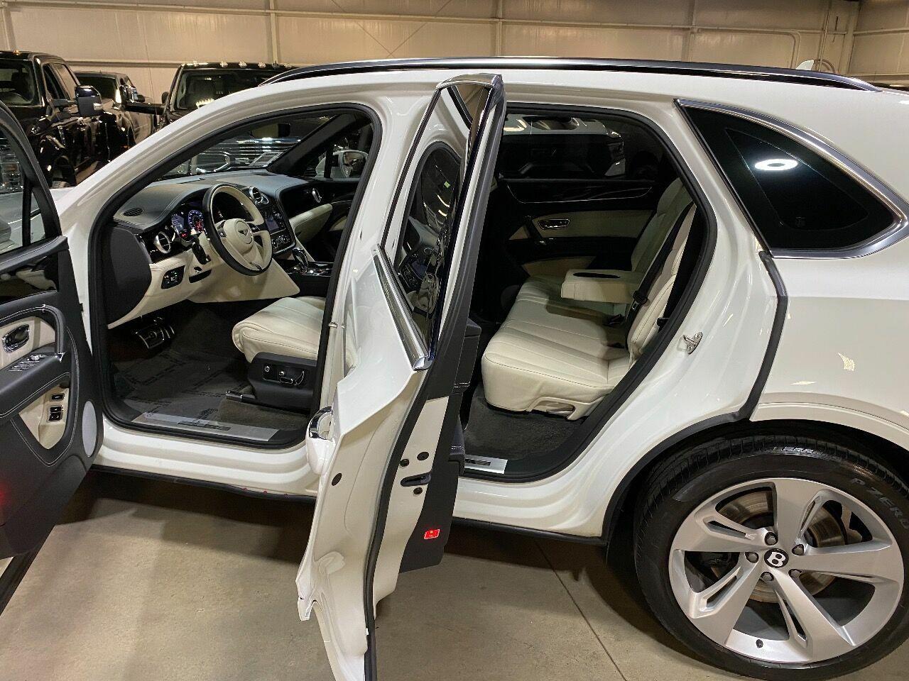 2019 Bentley Bentayga V8 AWD 4dr SUV
