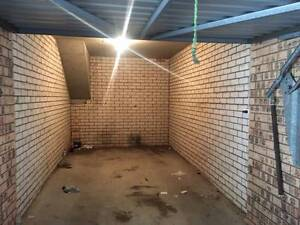 Secure Lockup Garage with Light $50 PW close to Westmead Hospital Westmead Parramatta Area Preview
