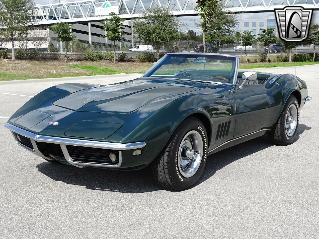 1968 Green Chevrolet Corvette   | C3 Corvette Photo 5
