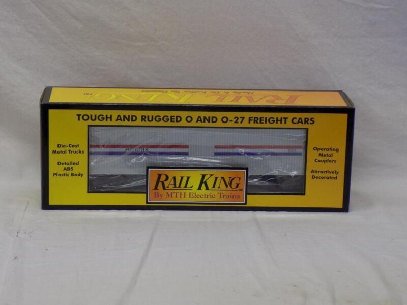 Rail King #30-7811 Amtrak Semi-Scale Reefer Car