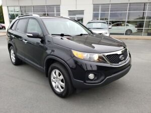 2011 Kia Sorento LX FWD. All serviced here. New MVI, brakes.