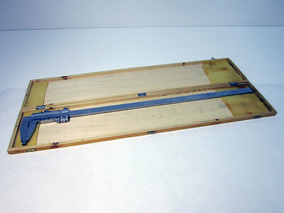 24 60cm Vernier Caliper In Wooden Case