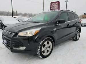 2015 Ford Escape SE CLEAN CAR PROOF !!  ONTARIO VEHICLE !! ON...