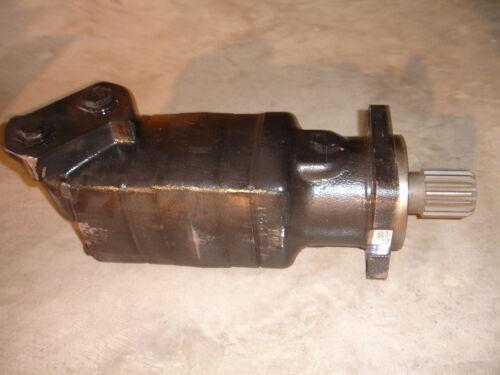 Char-Lynn Eaton Hydraulic Motor 119-1107-003