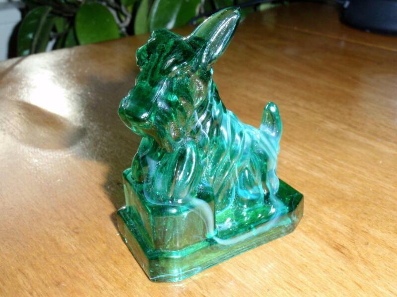 Boyd Glass JB Scottie #50 Key Lime Scottish Terrier Figurine