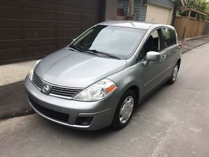 Nissan Versa 2009 (with considerable discount)