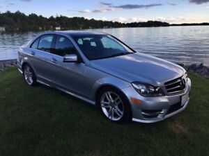 2014 Mercedes-Benz C 300 C 300 4 matic only 62300 km