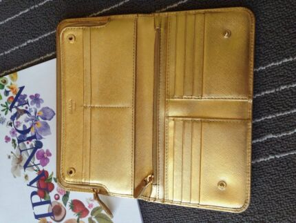 Parada Gold Leather Purse Cannington Canning Area Preview