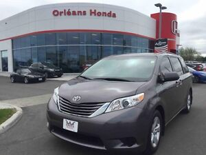 2015 Toyota Sienna LE,HANDS FREE CAPABILITIES NONE AROUND AT THI