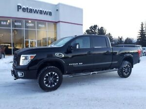 2016 Nissan Titan PRO-4X with Luxury Package