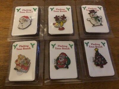 Flashing Christmas Brooch Novelty Xmas Pin Badges 6 Designs Festive Brooches - Flashing Christmas Pins