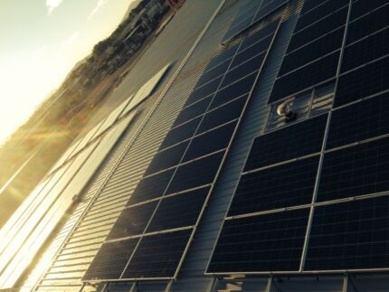Free solar power for your business. Yep free