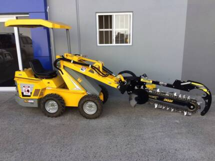 Ozziquip Puma Loader with Trenching