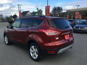 2015 Ford Escape SE Low Kms..Very Clean..New Brakes..Auto..Ai...