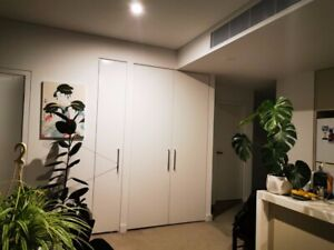 2nd bedroom on the top floor of modern building 3 min walk to train