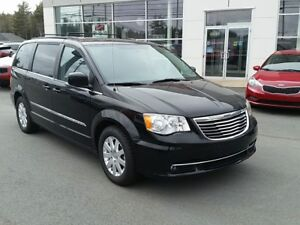 2014 Chrysler Town & Country Touring Dual DVD's, New tires. 7...