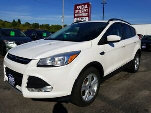 2015 Ford Escape SE NAVIGATION !! LEATHER !!  SUNROOF !!