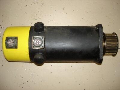 Fanuc 5m Dc Servo Motor A06b-0642-b011 Great Condition