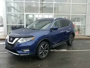 2018 Nissan Rogue SL w/ProPILOT Assist Auto, AWD $139 Weekly OAC