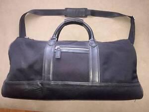 Banana Republic Black Duffle Bag Malvern East Stonnington Area Preview