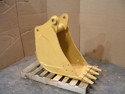 """New 16"""" Caterpillar 420 D/E Backhoe Bucket"""