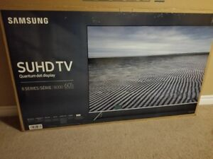 Like new barely used 60 inch Samsung quantum dot TV