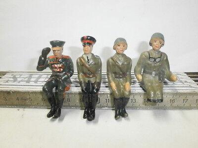 4 sitzende Massesoldaten Russen für Hausser Elastolin Kübelwagen u.a. Kfz zu 7cm