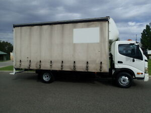 Hino 8 Pallet Tautliner Welshpool Canning Area Preview