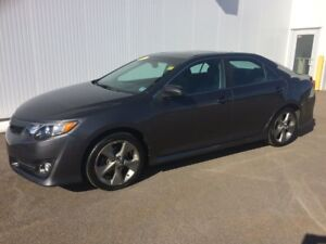 2012 Toyota Camry SE Real clean Sport Model