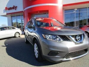 2016 Nissan Rogue S w/Backup Cam, $150.71 B/W FWD, LOW KM