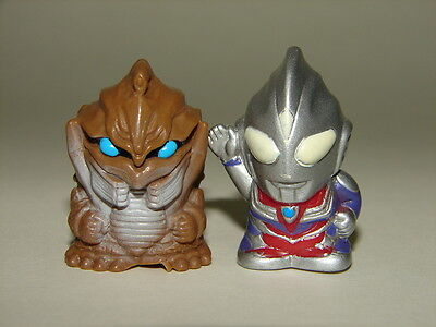 Sd Ultraman Tiga Vs Muza Seijin  Giant  Mini Figures  Godzilla Gamera