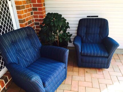 Set of 2 Lounge Chairs  Turrella Rockdale Area Preview