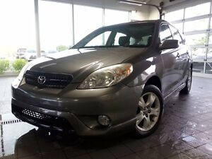 2005 Toyota Matrix XR 4WD; A/C TOIT GRP. ELECT AUCTION PRICED VE