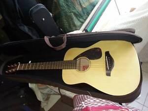 Yamaha FG Junior Guitar with Case  JR2  Pls see photos Sunshine North Brimbank Area Preview