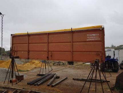 Grain Bin Howard Porter 15ft w/Hobbs Hoist Northam Northam Area Preview