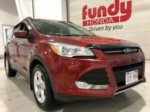 2015 Ford Escape SE w/backup cam, $170.13 B/W ONE OWNER, NO ACCI