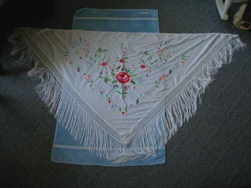 vintage shawl piano scarf white with embroidered flowers fringe fringed shawl
