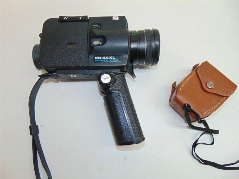 Vintage Sankyo Seiki ES-44XL Super 8 Movie Camera-As is- w/GE light meter.
