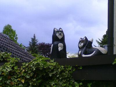 Gartenfiguren aus Beton : 1 von 4 Katzen ; UNIKATE ; sign. W. Dahmen