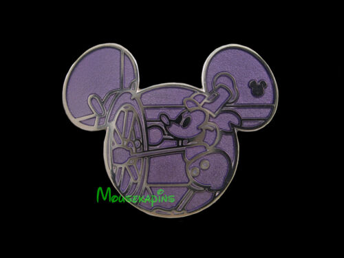 MICKEY Mouse in 1928 STEAMBOAT WILLIE Disney Mickey Icon Chaser PIN