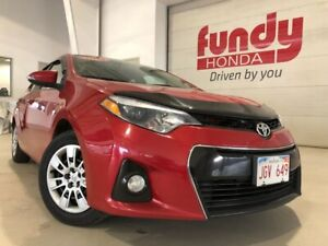 2014 Toyota Corolla S w/heated seats and backup cam MANUAL, NO A
