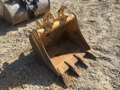 John Deere 24 Excavator Tooth Bucket Quick Attach 8 18 Ear Width S 204809